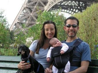 Rebecca, Pedro, Alexandra and of course, Eduardo in the shadow of the Eiffel Tower